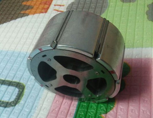 1520820193922223 - How much temperature should the magnet used in brushless motor withstand?