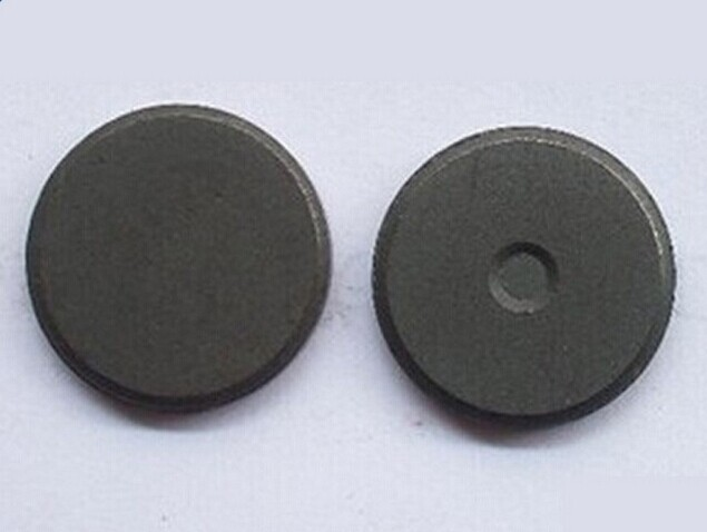 20151124 164332 - What are the advantages of black ferrite permanent magnets?